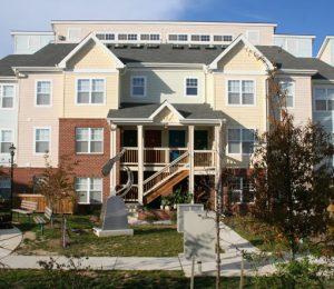 Savannah Heights apartments Exterior