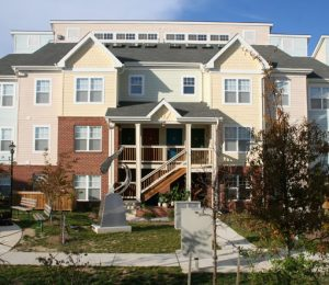 Savannah Heights apartment exterior